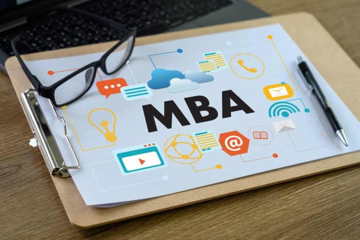 7 Things to be considered before choosing the best MBA colleges in Delhi.