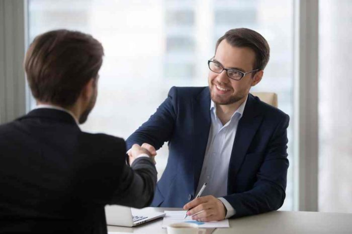 Courses to become a Bank Manager